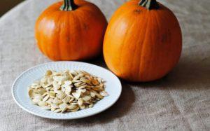 продукты с высоким содержанием белка - тыквенные семечки