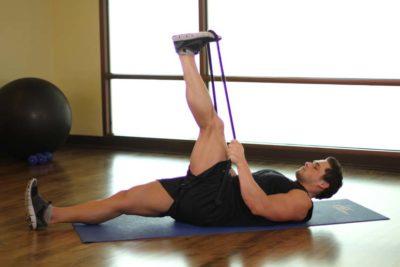 упражнение растяжка для задней поверхности бедра
